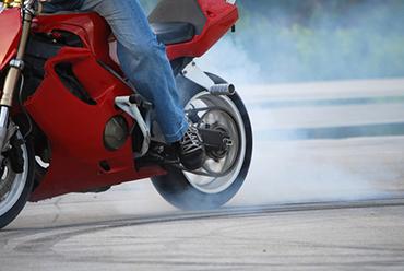 Você está atento ao pneu de sua motocicleta?